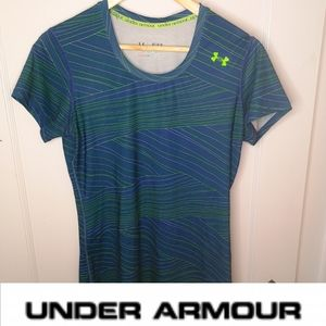 🍍3 for 25 🍍Under Armour workout shirt